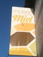 18-HoneyMuseumSign